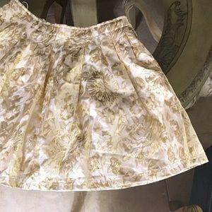 Dresses & Skirts - NYE🥂🤩 Gold [FOND] Floral Lined Skirt w. Pockets